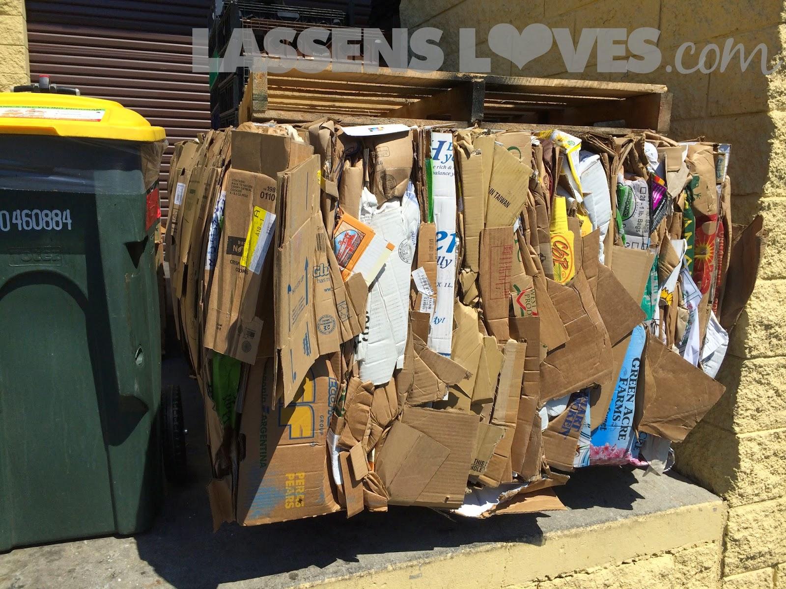 cardboard+recycling, cardboard+bales