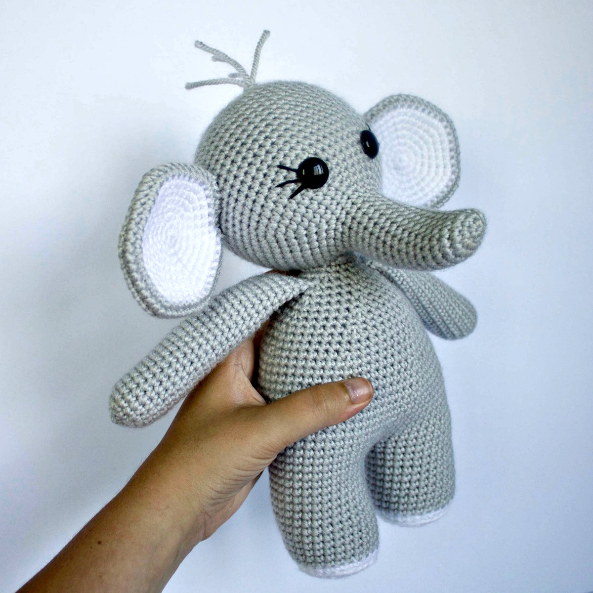 The Friendly Crochet Elephant-Part 1 - thefriendlyredfox com
