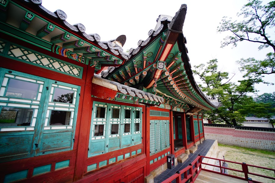 korean temple paintings and patterns are called Dancheong