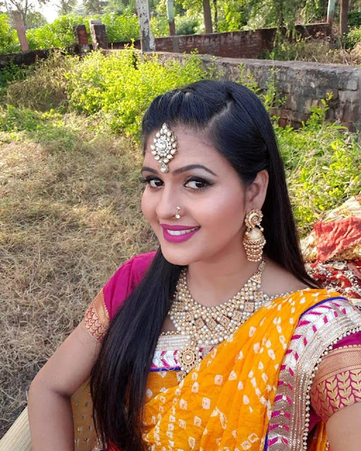 Bhojpuri actress Chandni Singh Biography, Movies list, Age, Hot