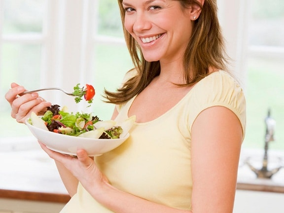 makan buah dan sayur semasa hamil untuk rambut sihat