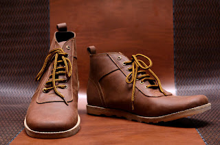 sepatu-bahan-finish-leather