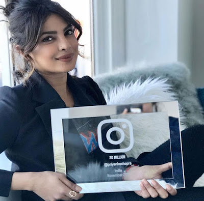 Priyanka-25-Million-Mark-On-Instagram-Andhra-Talkies.jpg