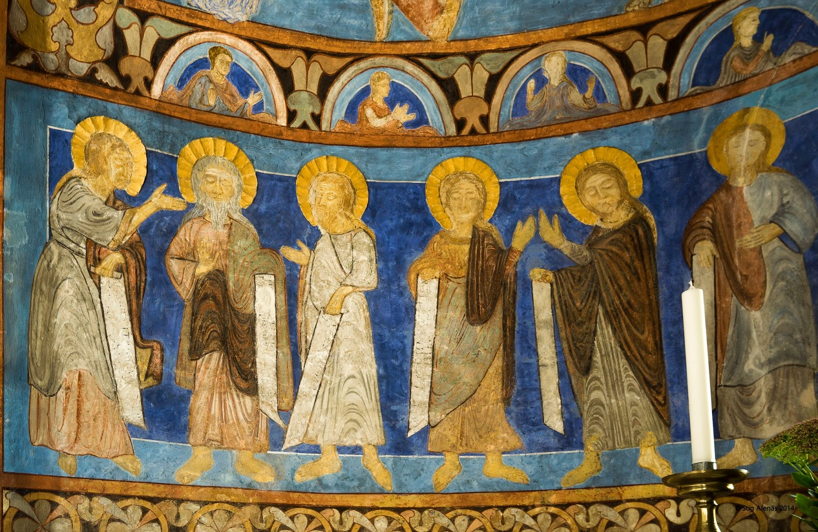church, barefoot, byzantine, halo, stucco, apse, ultramarine, disciples, fresco, illustrative