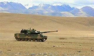 Tiongkok Uji Tank Ringan Baru