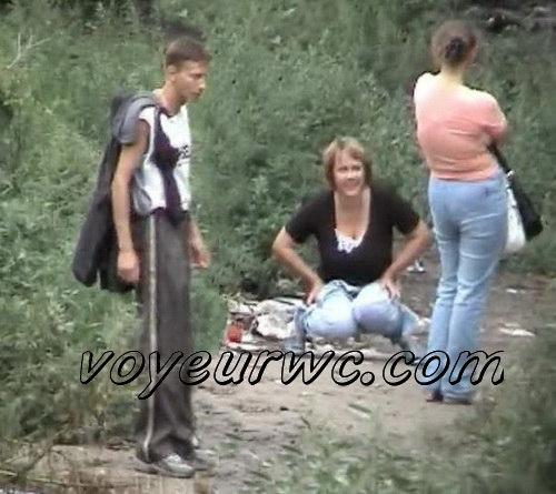Voyeur camera caught a group of women peeing outdoors (PissWC 41)