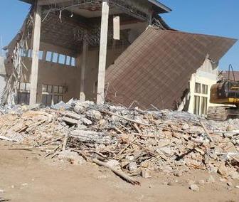 rumah minimalis kena gempa rusak dan roboh