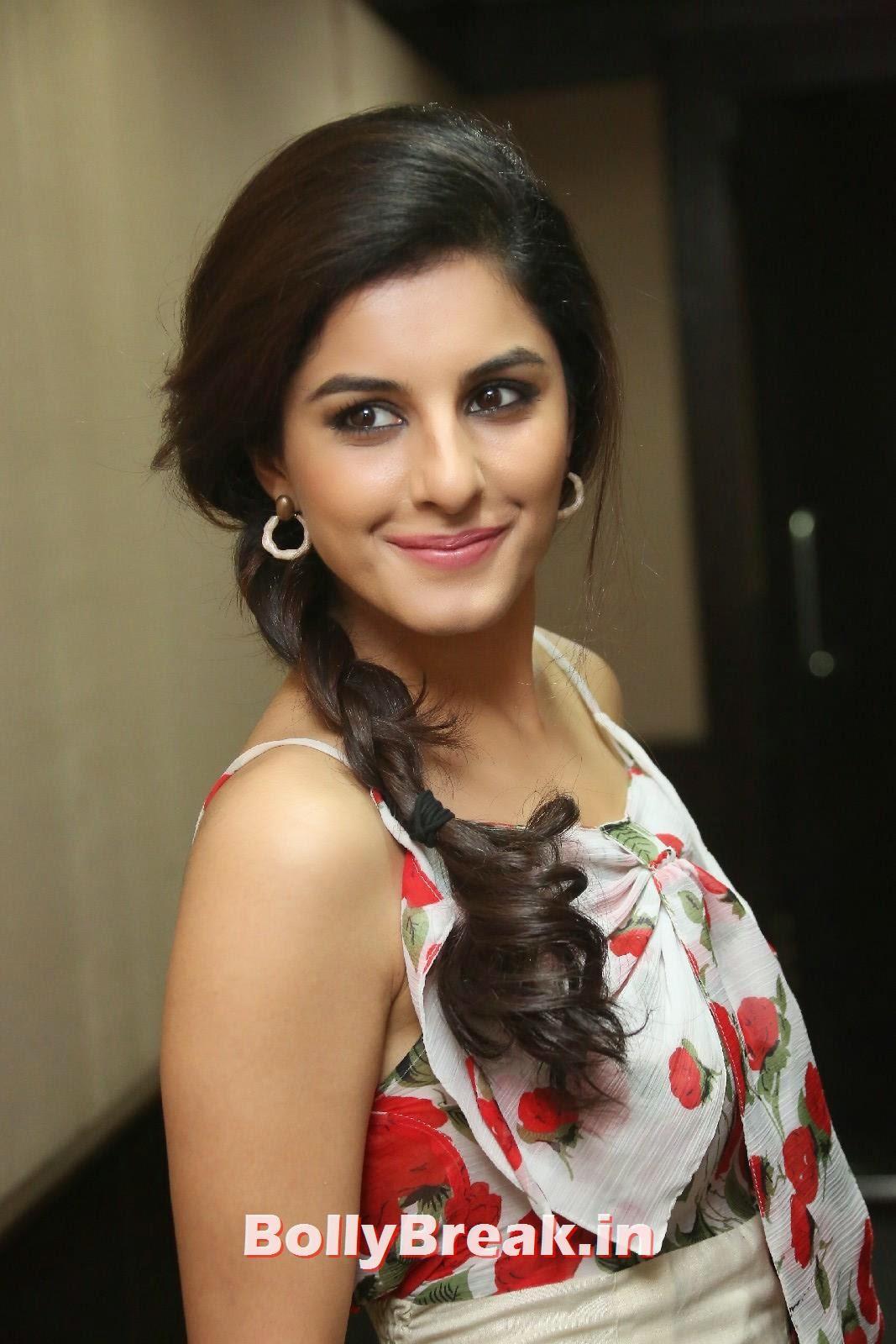 Isha Talwar (20), Isha Talwar Cute Pics - Beautiful South Actress