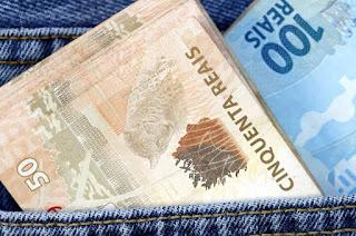 http://vnoticia.com.br/noticia/3396-estado-paga-integralmente-os-salarios-de-dezembro-