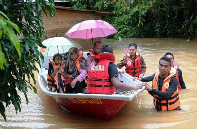 Mangsa Meningkat, Keadaan Banjir Di Johor Semakin Buruk