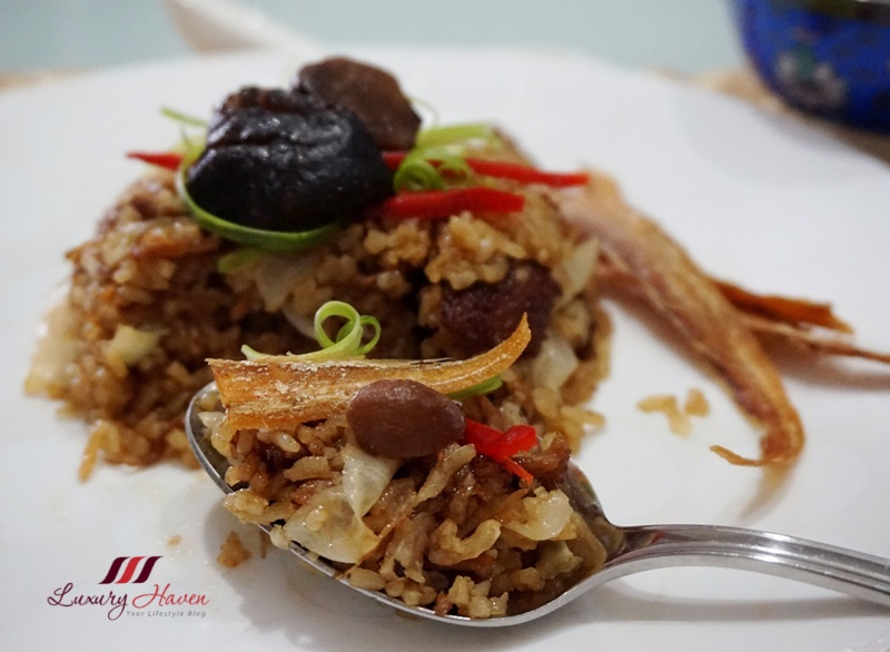 narcissus stewed pork chops rice with crispy fish