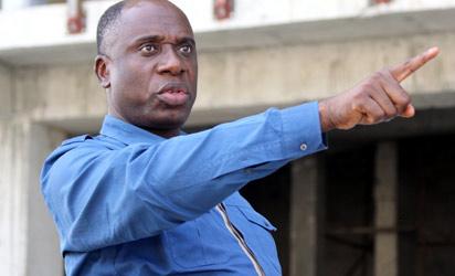governor akpabio amaechi fighting