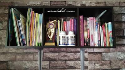 wallppaper cantik, wallpaper murah, diy hias rumah, idea kemas bilik diy rak buku, deko, home deko, rumah ku syurgaku, aktiviti cuti sekolah, beli wallpaper murah di DIY wallpaper batu bata
