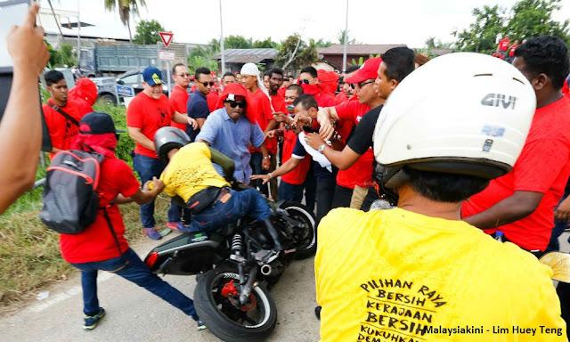 Image result for Gambar baju merah terajang bersih
