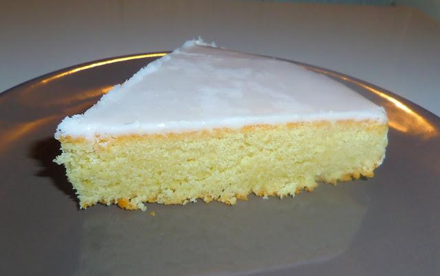 gâteau nantais, gâteau au rhum, gâteau aux amandes, glaçage royal