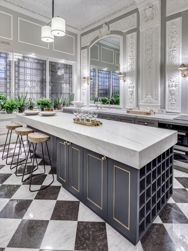 chequered-floor-French-marble-kitchen