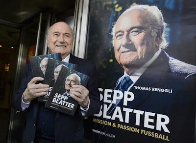 Joseph Blatter admite o uso de bolinhas frias e quentes em sorteios