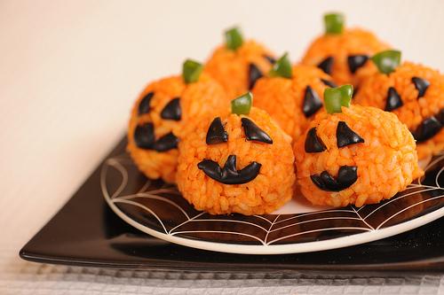 Carrot Rice Balls {Sugar Free} #healthyhalloweensnackideas
