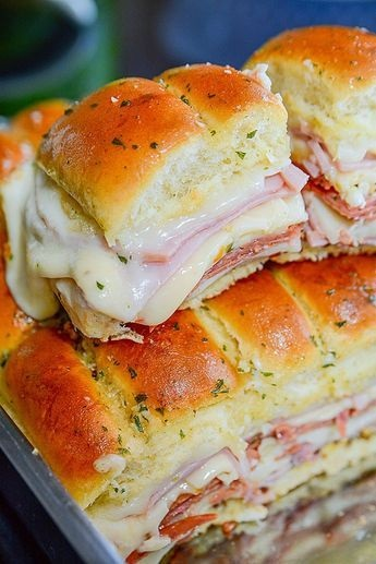 simple and super easy italian slider recipe!!