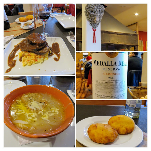 Places to eat in Punta Arenas: meal at Los Ganaderos
