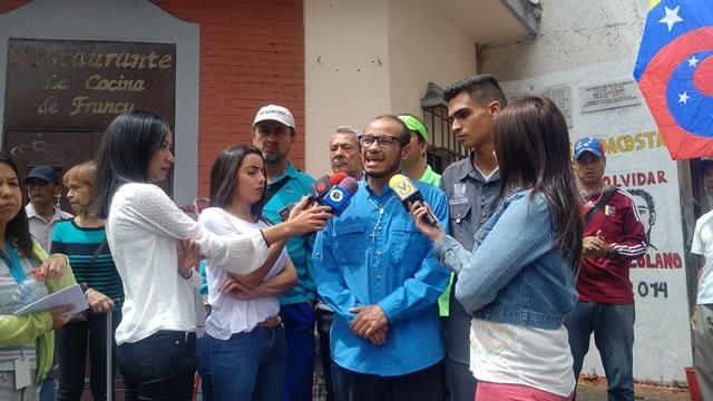 Vecinos de La Candelaria afirman que criminal represión no detendrá las protestas en Libertador