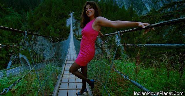 kajal agarwal hot thigh show pink dress hot images