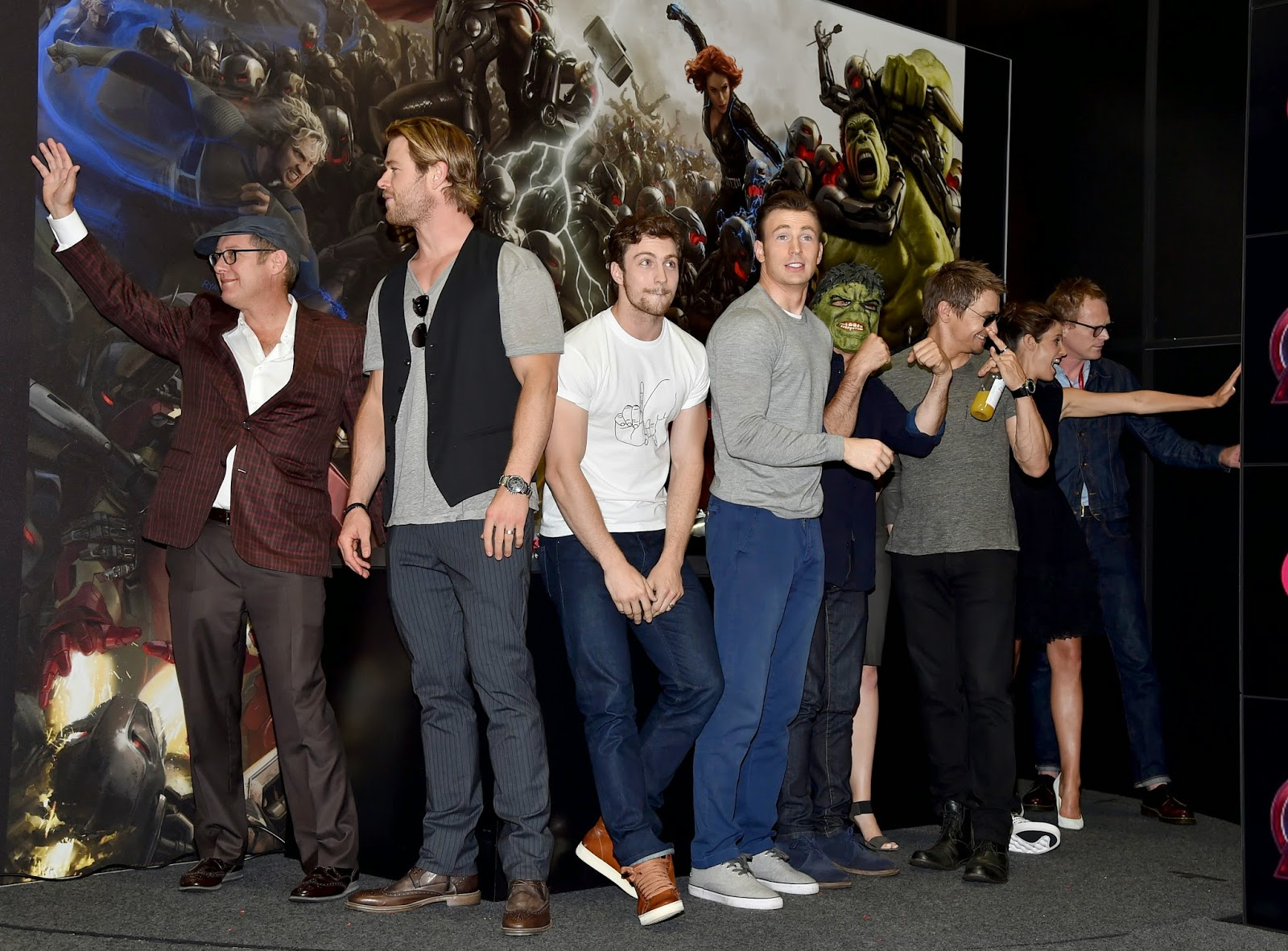 b9ed0a8d4f9 Take a look at some photos from Marvel s Comic-Con Signing Booth for  Avengers  Age of Ultron! Posted by Sasaki Time ...