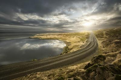 ¿Qué hacer cerca del Aeropuerto de Keflavík? ¡Visita Reykjanes!
