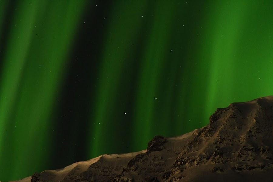 auroras-boreales-northern-lights-longyearbyen-noruega-enlacima