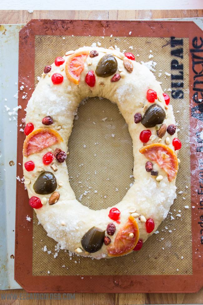 Bolo rei la rosca de reyes portuguesa vía www.elgatogoloso.com