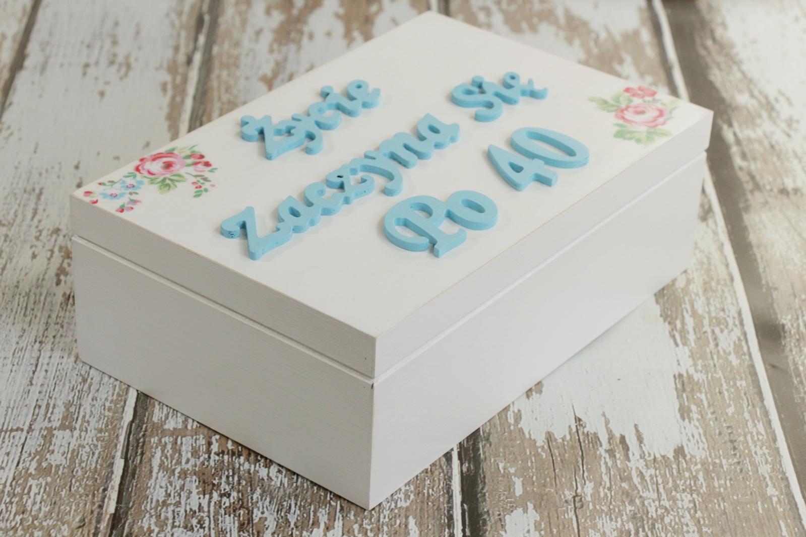 Inne rodzaje Joanna Design: Pudełko urodzinowe KJ11