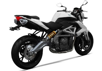 Benelli TNT 600i ABS right side three qauters image