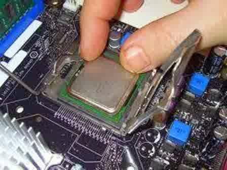 Penyebab Komputer Restart Sendiri dan Cara Mengatasinya