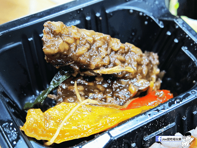 IMG 4864 - 【台中美食】 什麼?! 這是素食!!! 『本東 手作弁当』把素食做的超像葷食!!!讓你不知不覺吃進健康!!