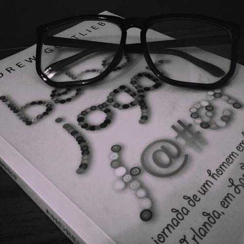 Veja a resenha do livro Jogar, Beber, F@#er | Blog Mente Viajante