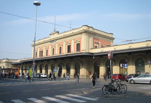 Estação de trem de Parma