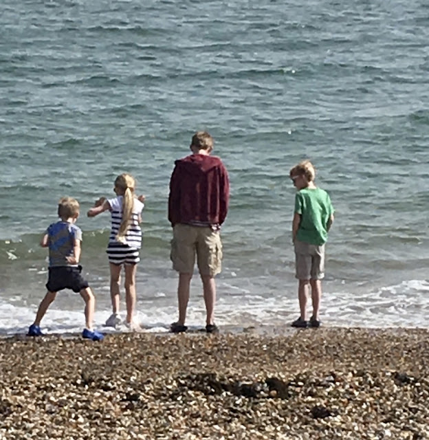 EAstney Beach Portsmouth - family at seaside