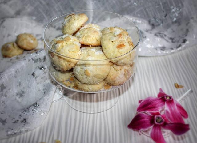 biscotti morbidi al limone e mandorle