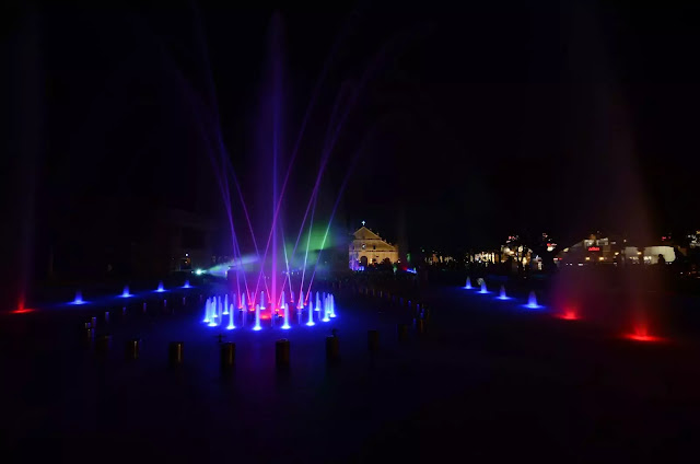 10 Plaza Salcedo Dancing Fountains