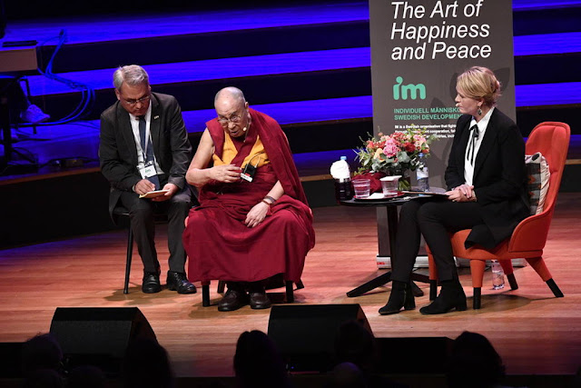Δαλάι Λάμα: «Η Ευρώπη ανήκει στους Ευρωπαίους.Oι πρόσφυγες να επιστρέψουν για να ανοικοδομήσουν τις χώρες τους»
