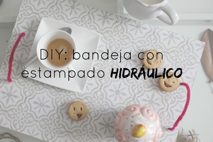 http://www.mediasytintas.com/2016/09/diy-bandeja-con-estampado-hidraulico.html