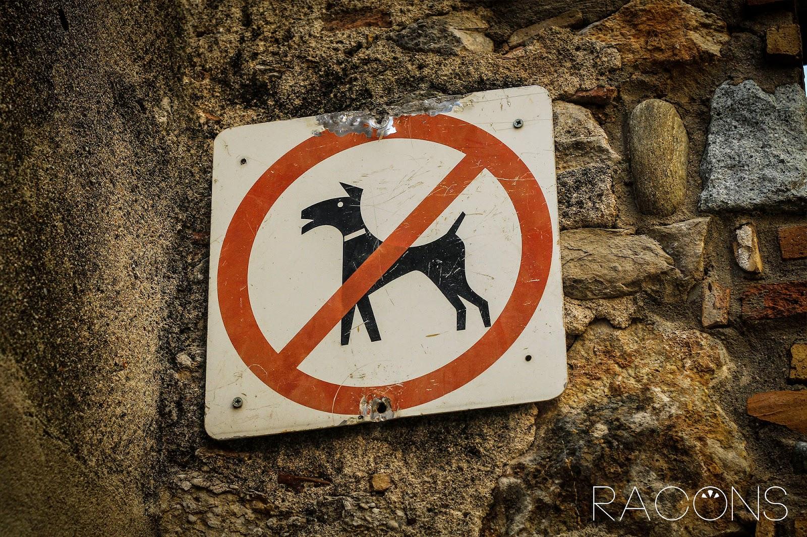 Senyal no gossos jardí de l'àngel girona