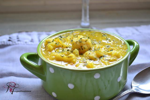 Sopa Exprés de coliflor ( Reciclando Sabores )