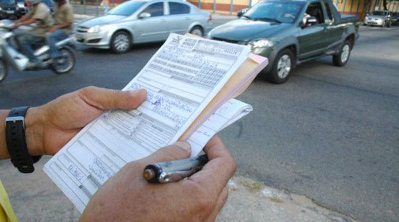 Em média, 2018 registrou 60 multas de trânsito por dia em Catanduva