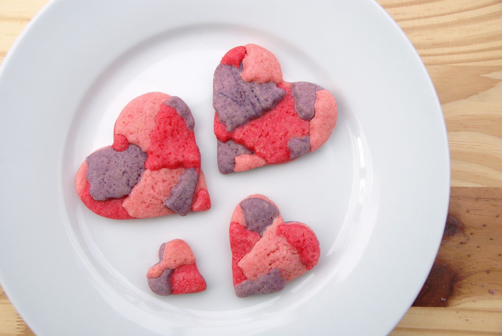 http://www.ablackbirdsepiphany.co.uk/2014/01/patchwork-valentine-sugar-cookies.html