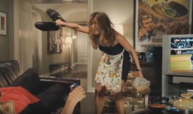 Lugar de mulher é na cozinha ou arrumando a casa