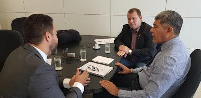 Dr. Neidson e Léo Moraes cobram recurso federal destinado às vítimas das enchentes