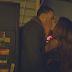"""Ariana Grande vive uma história de amor inconsequente no MARAVILHOSO clipe de """"Into You"""""""