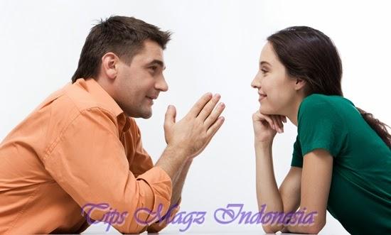 pria suka wanita yang mampu menjadi pendengar yang baik