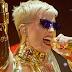 Qual música a Katy Perry não pode deixar de cantar com os shows da Witness Tour no Brasil?
